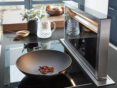 Geïntegreerde afzuigkap in kookplaat - Küchen Design Kleve