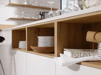 Keuken kopen Duitsland - Küchen Design Kleve - licht eiken met wit keuken opbergvakken